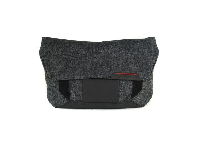 Peak Design Laukku The Field Pouch Charcoal