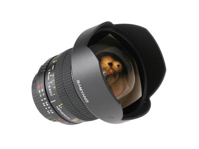 Samyang 14mm f/2,8 IF ED UMC Aspherical Canonille (AE)